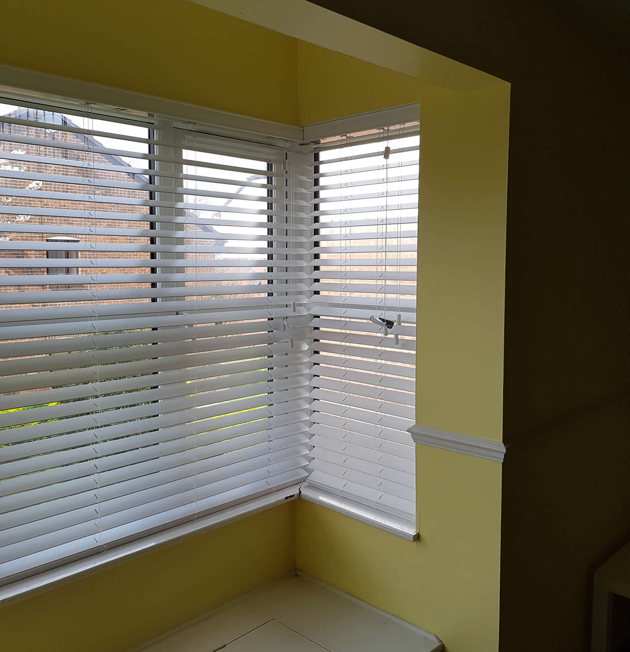 50mm Venetian blinds fitted in Greenhithe, Kent